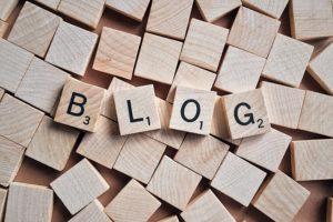 Blog en lettre scrable
