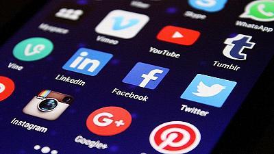 Réseaux sociaux, interface mobile